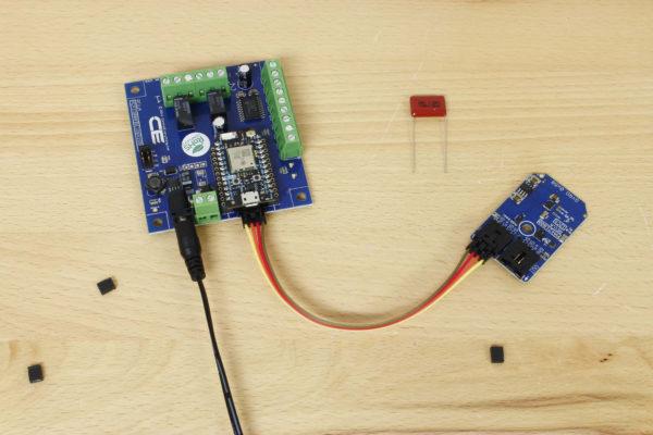 MAX21000 Ultra-Accurate Low-Power 3-Axis Digital Gyroscope I2C Mini Module
